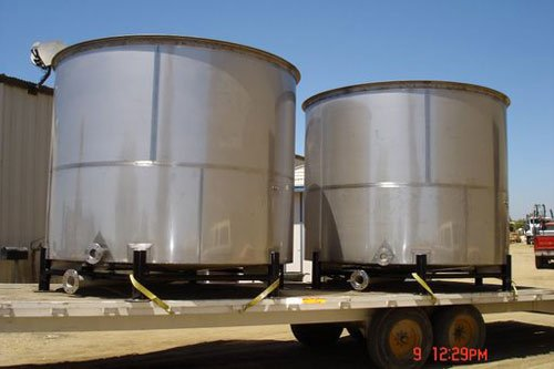 Vessels and Tanks manufacturers in Pakistan, Lahore  oil tanker